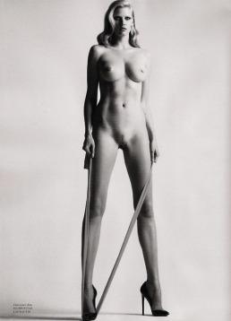 big-nude-iii-henrietta-1980-helmut-newton-and-now