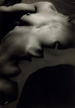 erwin-blumenfeld-nude-1950-via-invaluable