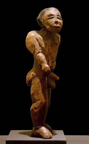 2-M180-A3-1911-2 E.L.Kirchner, Kl. Adam. Maennl. Aktfigur Kirchner, Ernst Ludwig 1880-1938. 'Kleiner Adam. Maennliche Aktfigur', 1911. Holz, bemalt, Hoehe: 34,5 cm. Stuttgart, Staatsgalerie.