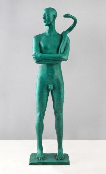 el hombre con serpiente (escultura).jpg