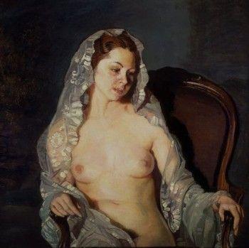mujer sentida desnuda con mantilla.jpg