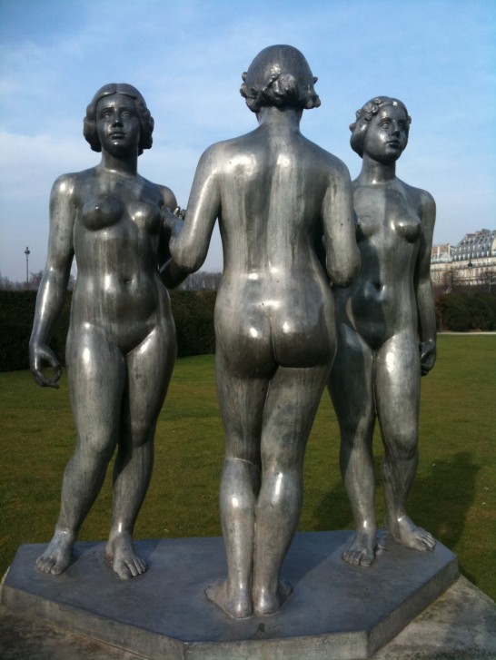 trois-nymphes-1938-aristide-maillol-jardin-du-carrousel-paris1.jpg