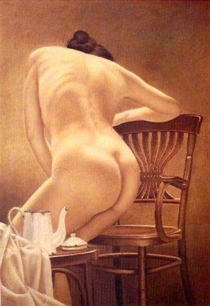 mujer-sentandose-con-cafetera-blanca-1975.jpg