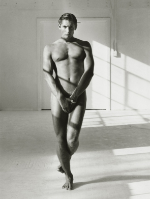 8-herb-ritts-steve-los-angeles-1987-br-herb-ritts-foundation-courtesy-of-fahey-klein-gallery-la.jpg
