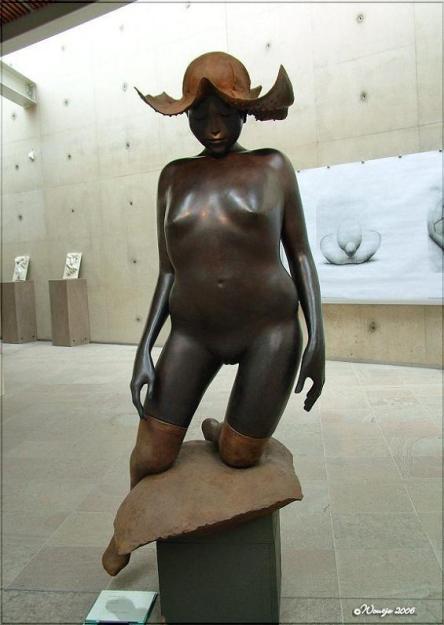 Cornelis Zitman _sculptures_artodyssey (21).jpg
