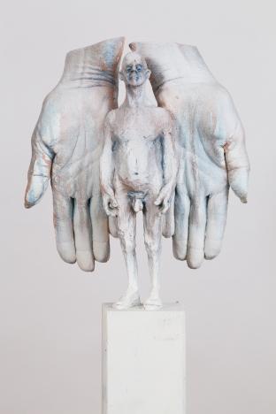 Sus-manos-son-mis-alas..jpg