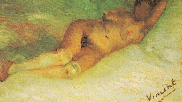 mujer desnuda acostada.jpg