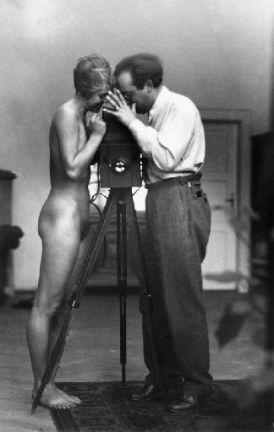 Autorretrato con J. Greno, 1933.jpg