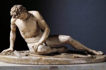 El galo moribundo - copia romana de una escultura situada en la acrópollis de Pergamon.jpg